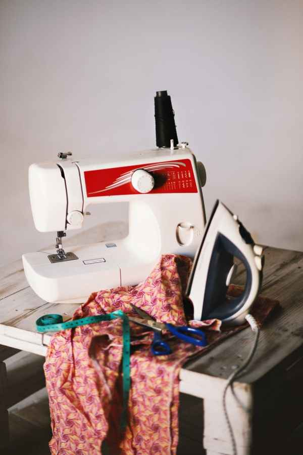 7 wonderful benefits of joining a sewing group