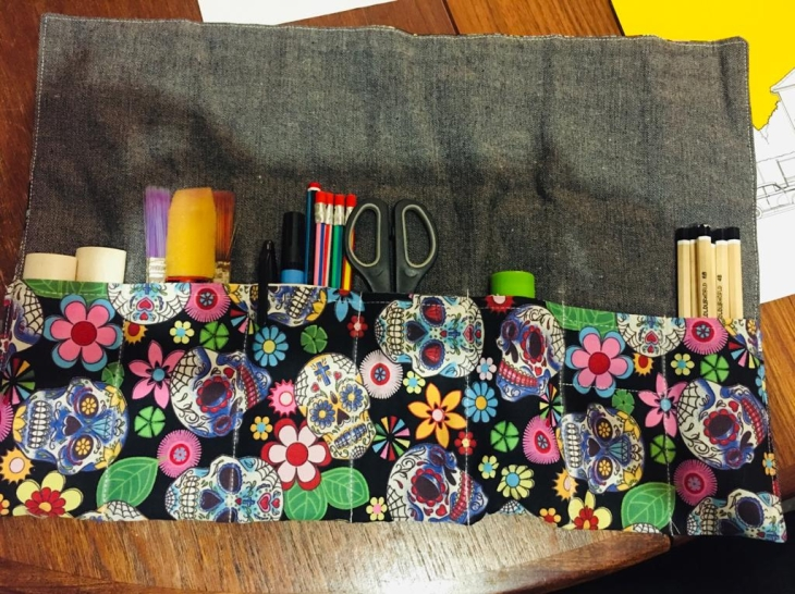 DIY Pencil Roll Helen's Closet Sogosew